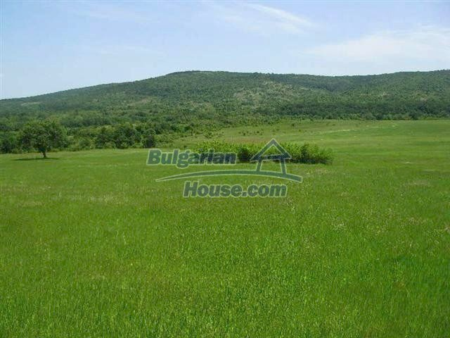 10451:7 - Development bulgarian land suitable for building near Burgas and