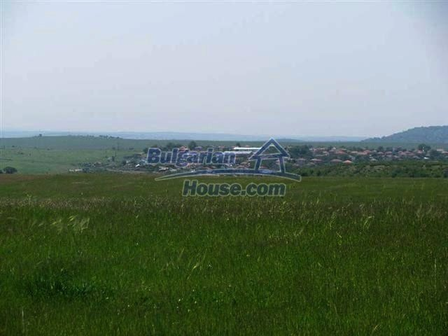 10451:9 - Development bulgarian land suitable for building near Burgas and