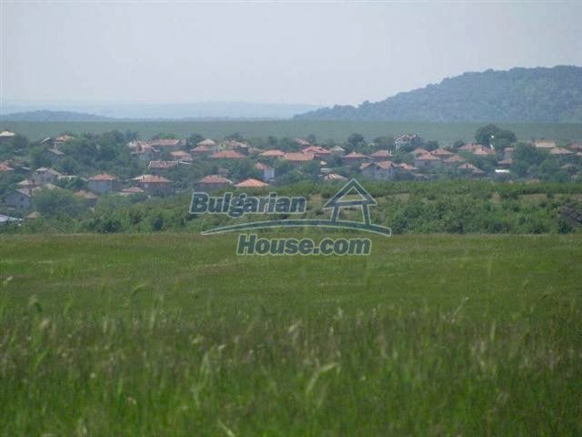 10451:10 - Development bulgarian land suitable for building near Burgas and