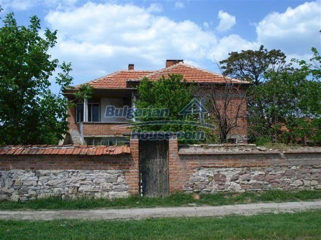 10477:1 - Cozy Bulgarian house for sale in Sliven region