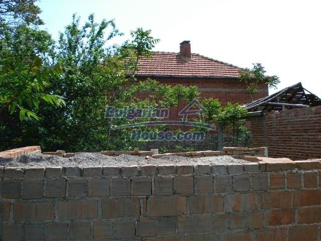 10477:17 - Cozy Bulgarian house for sale in Sliven region