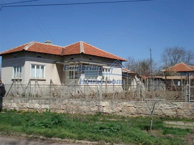 10510:1 - Sunny paradise cheap property for retirees in Bulgaria