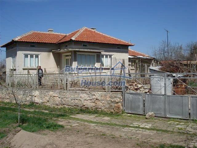 10510:33 - Sunny paradise cheap property for retirees in Bulgaria