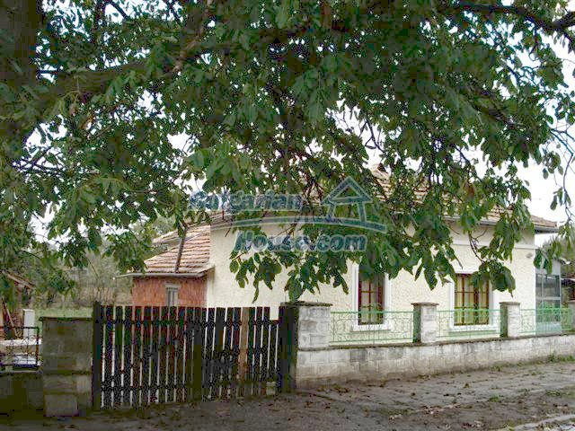 10516:13 - Renovated Bulgarian property for sale near General Toshevo