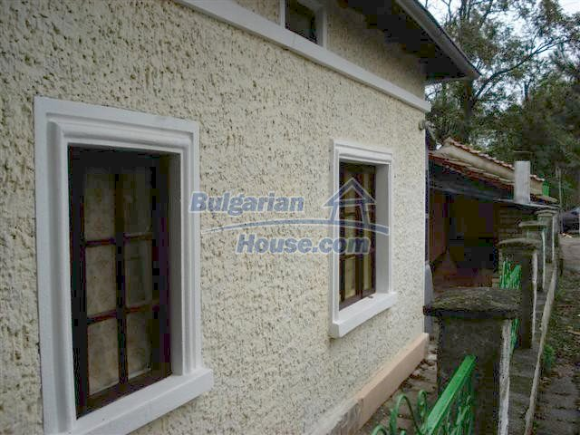 10516:33 - Renovated Bulgarian property for sale near General Toshevo