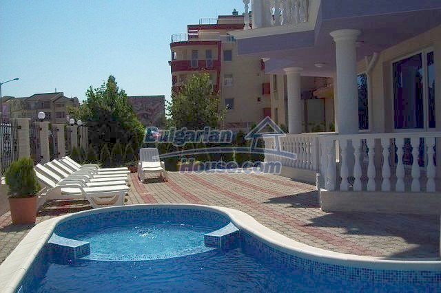10575:1 - Buy cheap bulgarian apartment fully furnished with SEA VIEW
