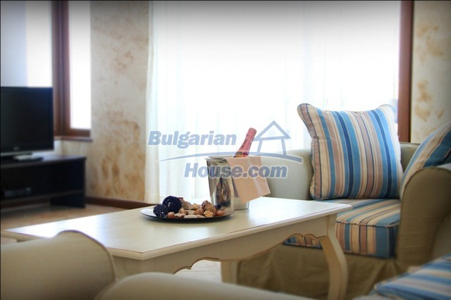 10587:17 - Luxury bulgarian apartments with sea view near Burgas -Lozenets