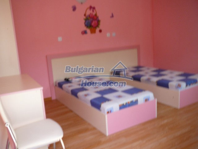 10596:1 - Cozy bulgarian apartments for rent in SPA resort near Kazanlak