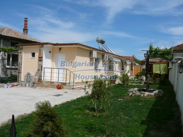 10596:4 - Cozy bulgarian apartments for rent in SPA resort near Kazanlak