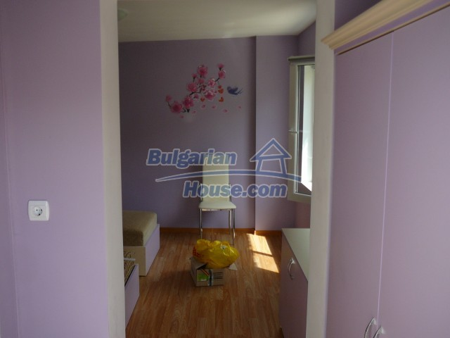 10596:5 - Cozy bulgarian apartments for rent in SPA resort near Kazanlak