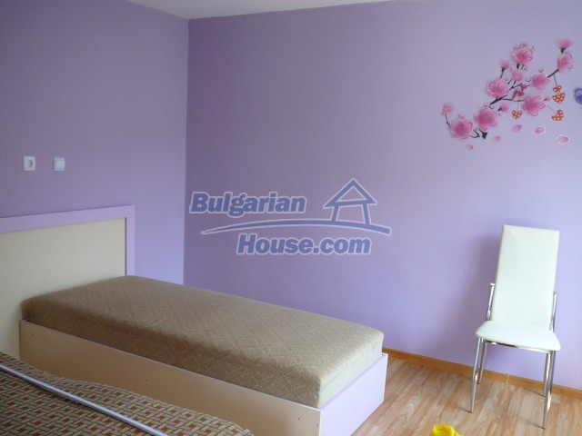 10596:7 - Cozy bulgarian apartments for rent in SPA resort near Kazanlak