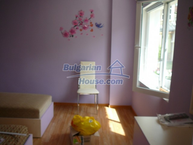10596:8 - Cozy bulgarian apartments for rent in SPA resort near Kazanlak