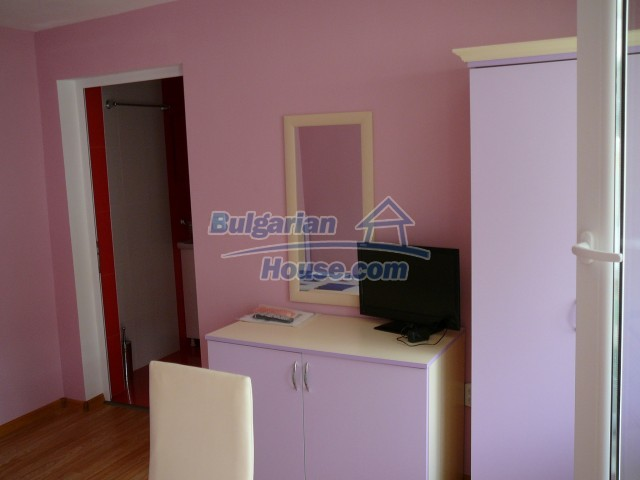 10596:20 - Cozy bulgarian apartments for rent in SPA resort near Kazanlak