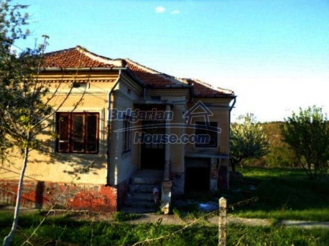 10605:2 - Affordable House in Bulgaria near the forest and the lake,Dobric