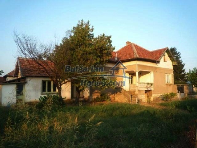 10623:2 - SOLD.Cheap House near Vratsa and Danube river