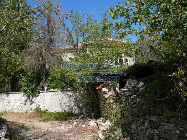 10625:3 - House in Bulgaria - big garden in a hystoric and magical place