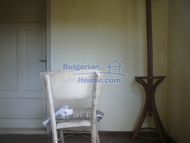 10625:7 - House in Bulgaria - big garden in a hystoric and magical place