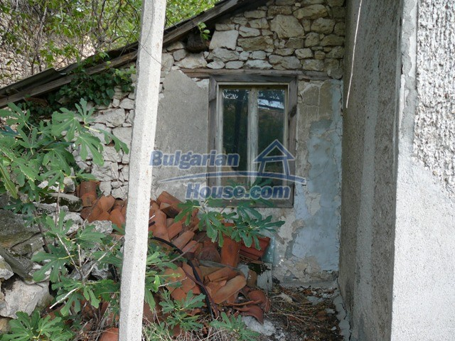 10625:16 - House in Bulgaria - big garden in a hystoric and magical place