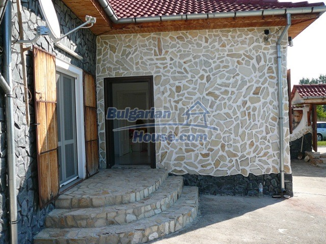 10626:11 - Renovated Property for sale in Bulgaria with swimming pool