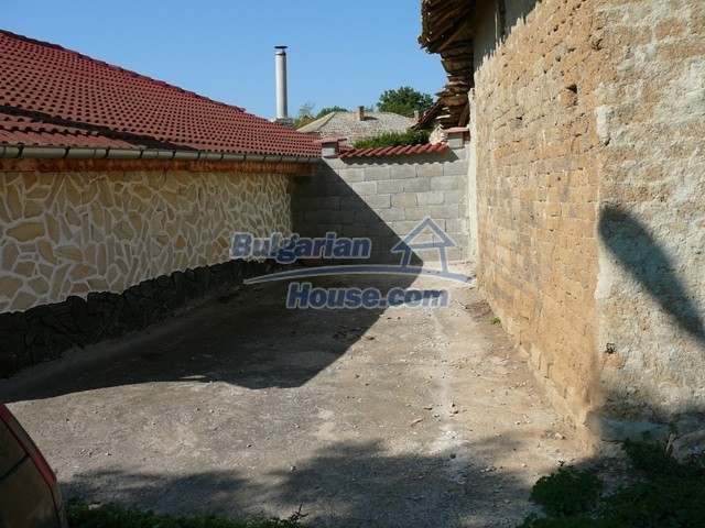10626:24 - Renovated Property for sale in Bulgaria with swimming pool