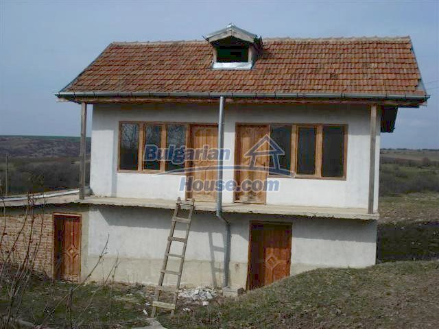 10634:1 - Partly renovated Bulgarian house for sale in Provadia, Varna