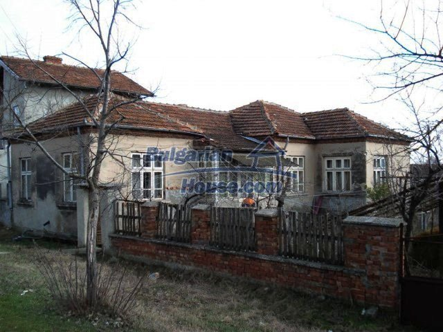 10640:2 - Cheap house near the river Kamchiya Tsonevo lake, Shkorpilovci
