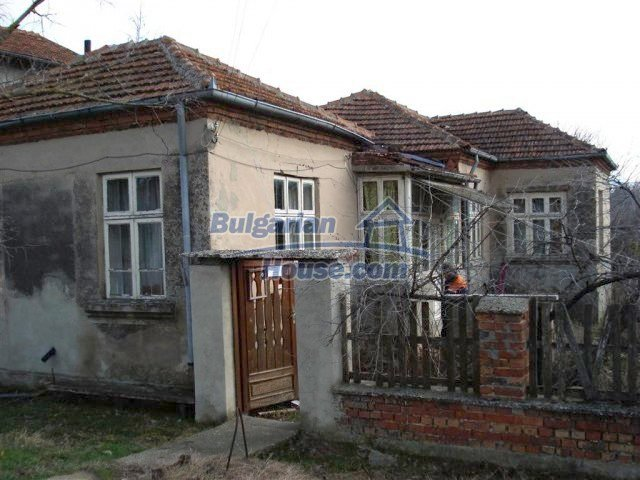 10640:3 - Cheap house near the river Kamchiya Tsonevo lake, Shkorpilovci