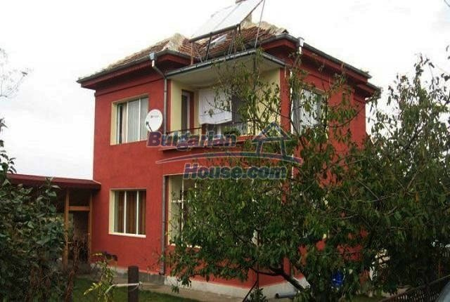 10643:2 - Two-storey house in Bulgaria,close to the Black sea,near Dobrich