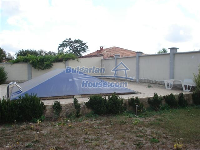 10646:40 - Entirely furnished  house with pool close to Balchik, Bulgaria