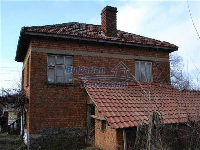 10661:6 - Rural Bulgarian house for sale in Elhovo region