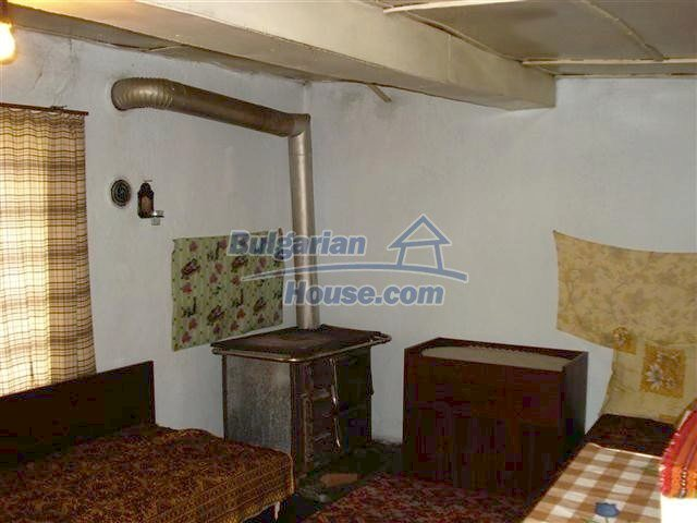 10661:8 - Rural Bulgarian house for sale in Elhovo region