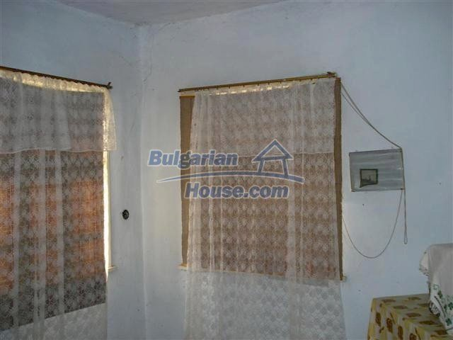 10661:11 - Rural Bulgarian house for sale in Elhovo region