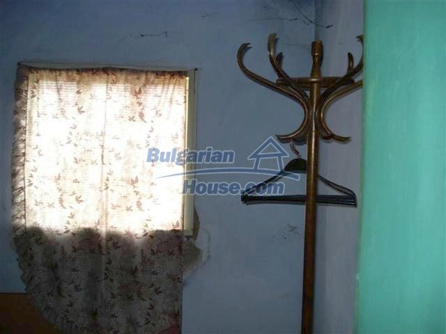 10661:14 - Rural Bulgarian house for sale in Elhovo region