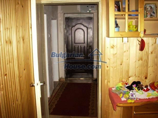 10679:12 - New two-storey Bulgarian house in a calm area near Dobrich