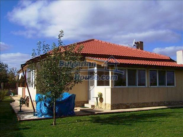 10680:2 - Lovely Furnished Bulgarian house near Dobrich