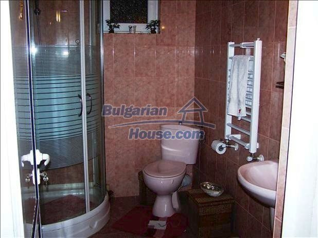 10680:16 - Lovely Furnished Bulgarian house near Dobrich