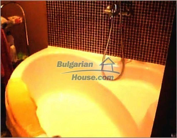 10689:12 - Two-bedroom apartment with sea view in Burgas