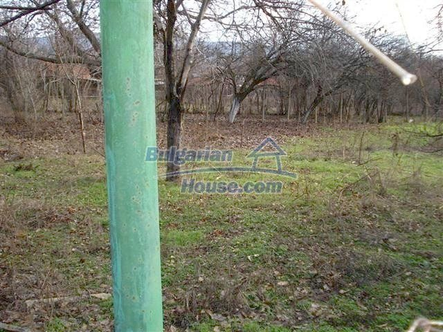 10694:7 - Two-storey house with garden in General Toshevo