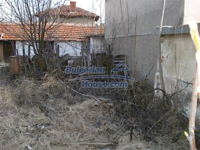 10694:10 - Two-storey house with garden in General Toshevo