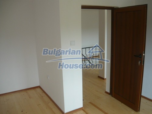 10697:12 - A renovated two-storey house near Veliko Turnovo