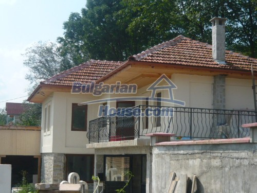 10697:2 - A renovated two-storey house near Veliko Turnovo