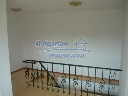 10697:9 - A renovated two-storey house near Veliko Turnovo
