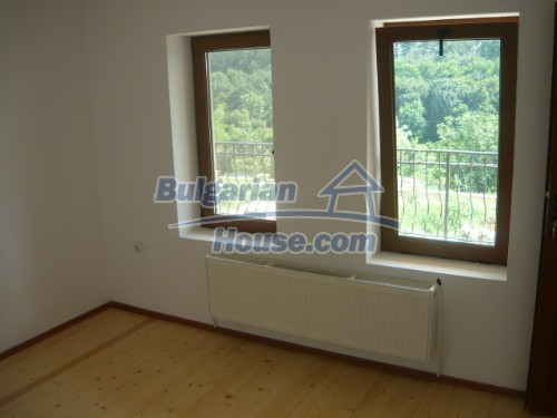 10697:13 - A renovated two-storey house near Veliko Turnovo