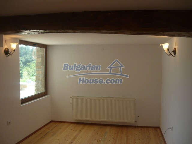 10697:17 - A renovated two-storey house near Veliko Turnovo