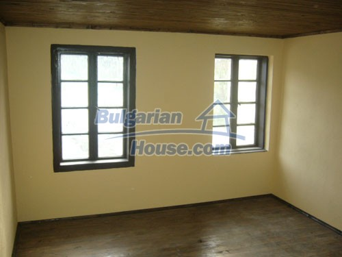 10698:10 - Lovely renovated Bulgarian property in Veliko Tarnovo Region