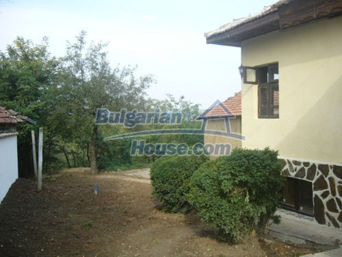 10698:11 - Lovely renovated Bulgarian property in Veliko Tarnovo Region