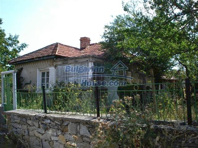 10699:3 - Single-storey property in Bulgaria in Elhovo Region