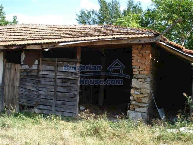 10699:14 - Single-storey property in Bulgaria in Elhovo Region