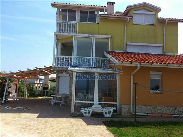 10703:18 - Luxury house in Chernomorets