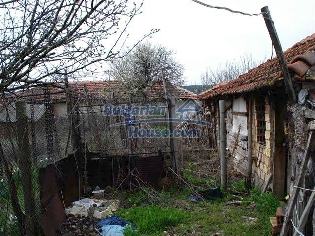 10704:12 - Cheap rural property in Elhovo region
